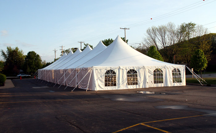 Benefits of renting a tent at an outdoor event. & West Michigan Tent Rentals :: West Michigan Event Tent Rentals ...